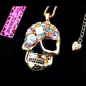 BETSEY JOHNSON~ SKULL XLarge Necklace